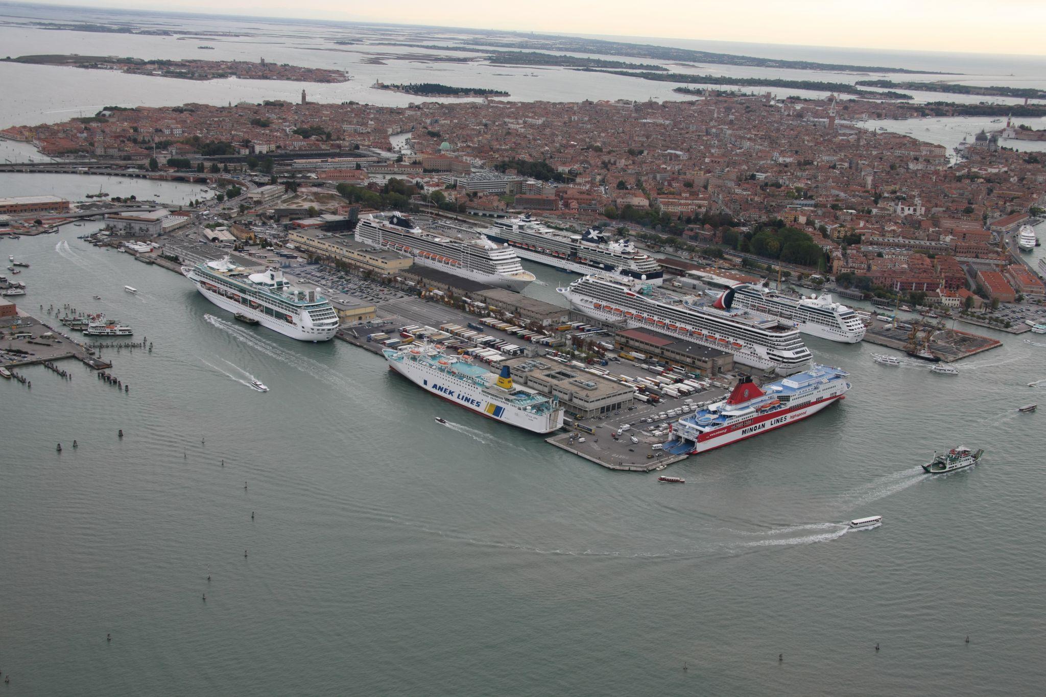 Terminal per crocere MSC e Costa Crocere